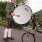 Geniale Erfindung: die Einrad-Trommel!