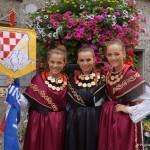Besonder kroatische Trachten