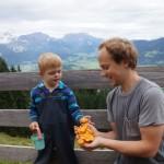 Artur und Wolfgang haben Schwammerl gesammelt
