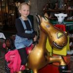 Jana reitet lieber auf dem goldenen Ross