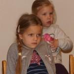 Die Kinder waren sehr brav und lauschten andächtig den Ansprachen